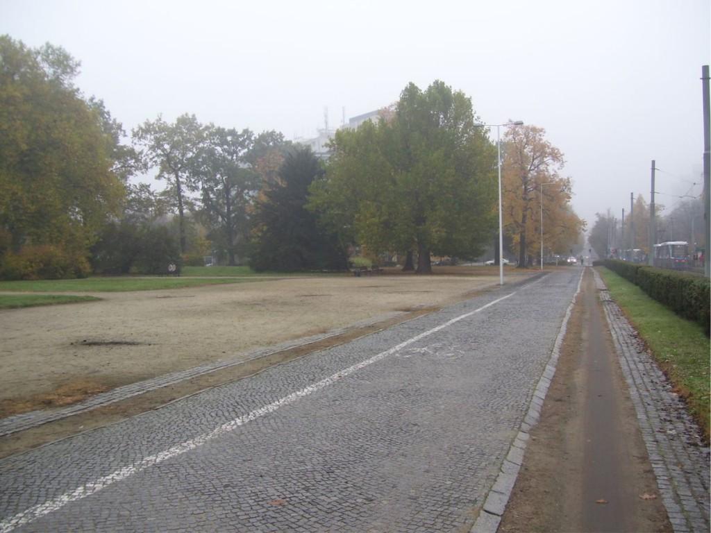 Tramwaje na Placu Powstańców Śląskich 2