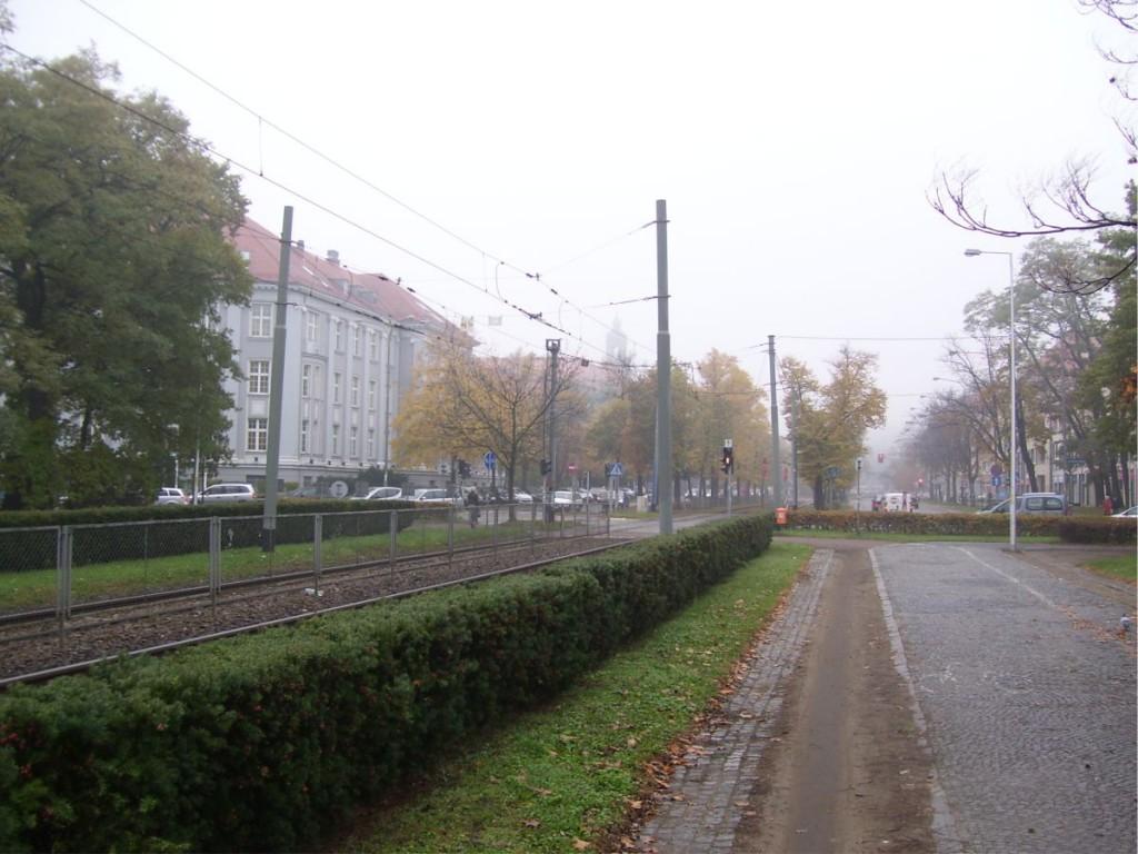 Tramwaje na Placu Powstańców Śląskich 3